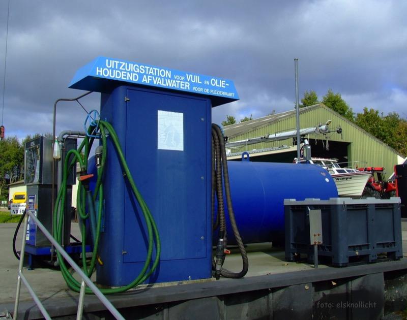 Jachthaven Noordergat dieselpomp en vuilwater Els Knol-Lic