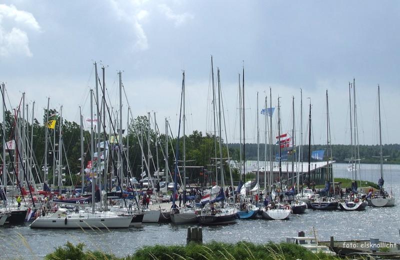 Jachthaven Noordergat drukte CAMrace  elsknollicht 080712-